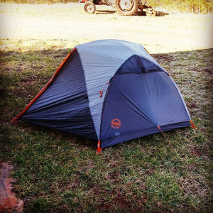 modern_day_mountain_manBought a new house today. ;) @bigagnes_ #copperspur #mtnglo #AppalachianTrail2016 #GAtoME #thruhiker #summerhome #camping #gearqueer #tent #backpacking #hiking #yearofadventure