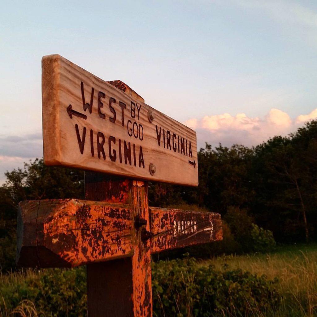 State lines and sunsets.  #AppalachianTrail2016 #yearofadventure #hiking #backpacking #whiteblazers #optoutside #mountains #nature #sunset #va #wva — at Virginia-West Virginia State Line.