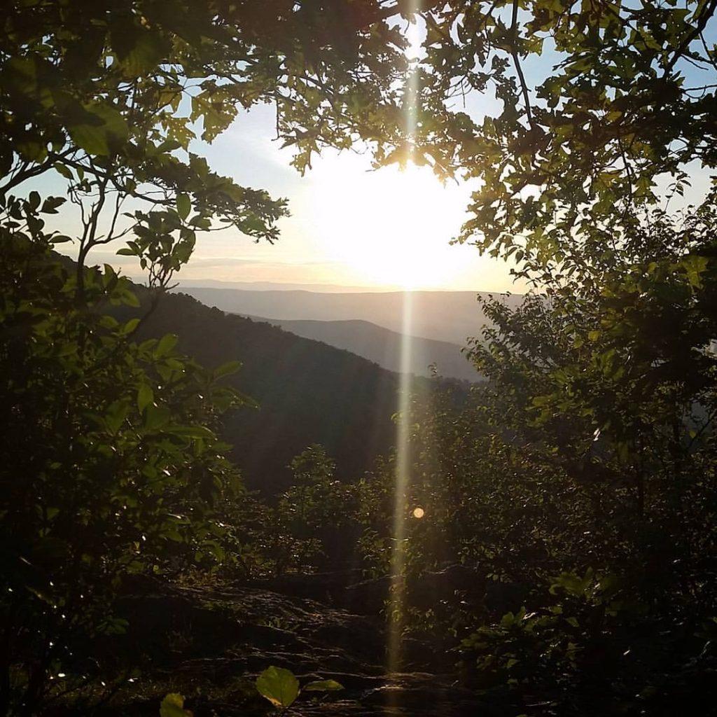 Window on the world.  #AppalachianTrail2016 #yearofadventure #whiteblazers #optoutside #hiking #backpacking #nature #mountains #livefree #sunset — at Shenadoah National Park.